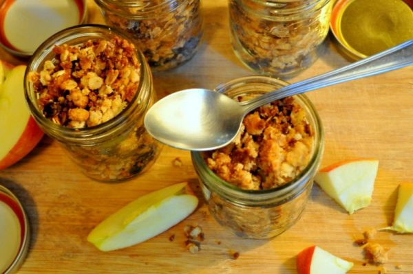Gluten Free Apple, Pear and Blueberry Crumble